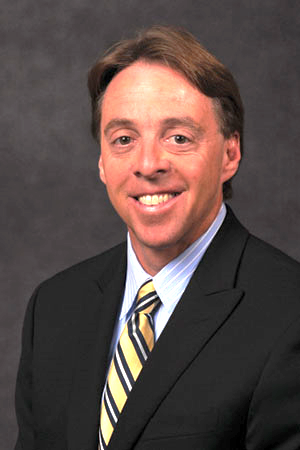 Knoxville attorney Tom R. Ramsey, III of Piper, Ramsey & Hill law practice