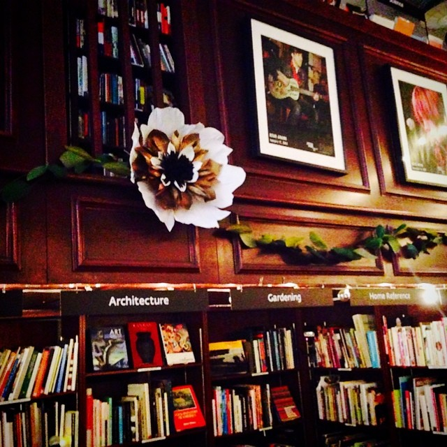 And yet another extra large #paperflower in a garland across the bookstore for the beautiful #housingworks #wedding @theworkscatering (at Housingworks Bookstore Cafe)