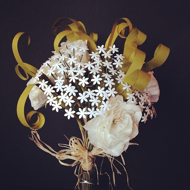 Bouquet with Queen Anne's Lace #paperflowers