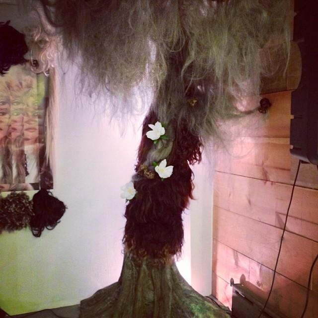Art of Hair loves #paperflowers #puae (at 195 avenue C, nyc)