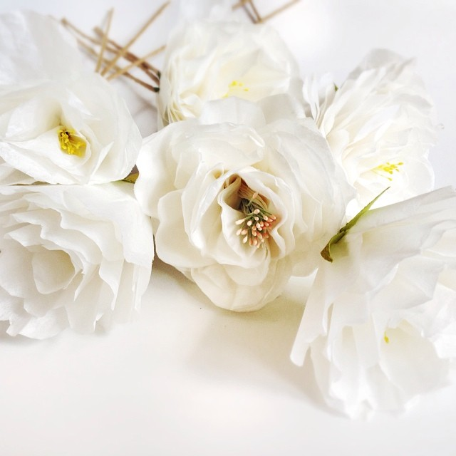 Can't get enough of these white paper roses #paperflowers