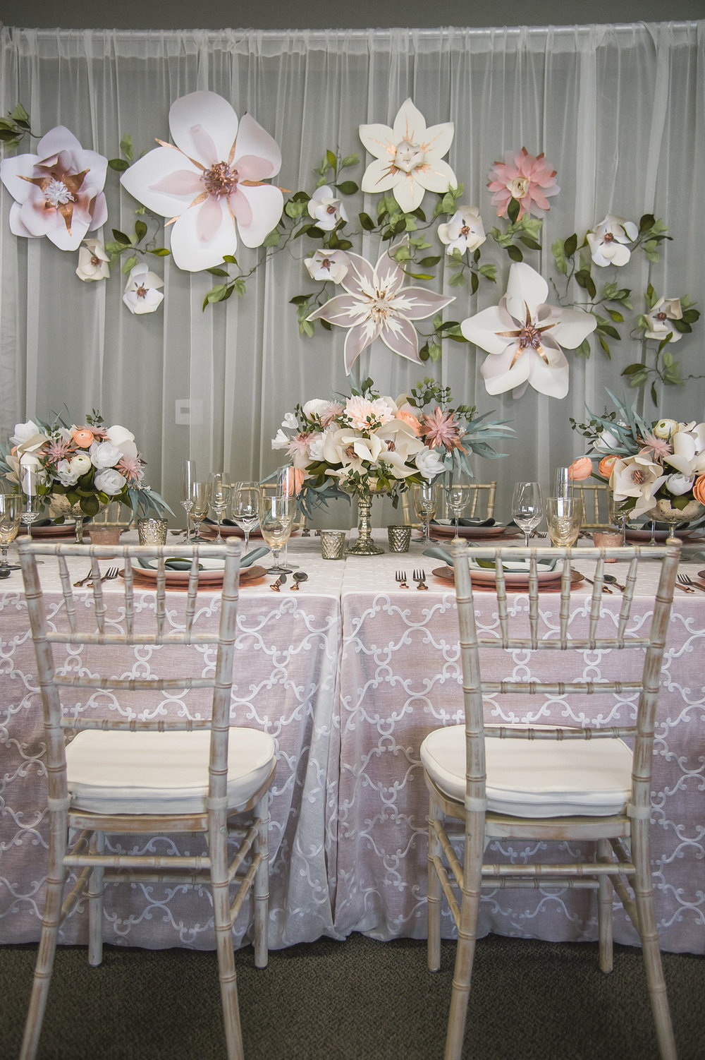 Full display of centerpieces and backdrop