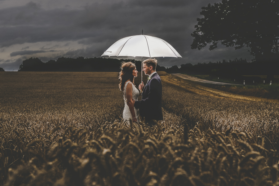 Top 150 wedding photos 2016 (7).jpg
