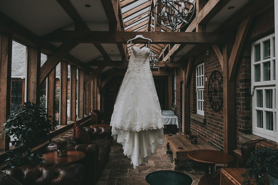 Swancar Farm Wedding - Preparation (35).jpg