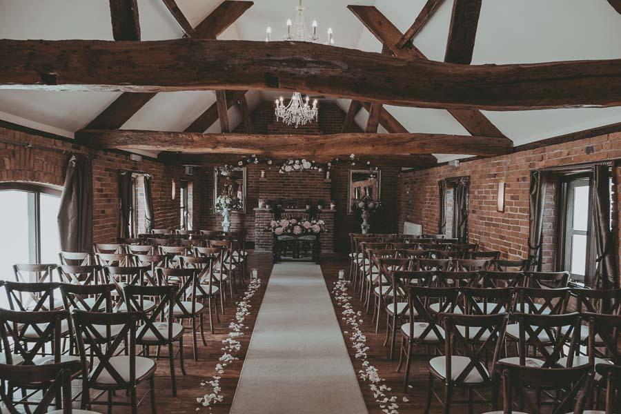 Swancar Farm Wedding - Preparation (41).jpg