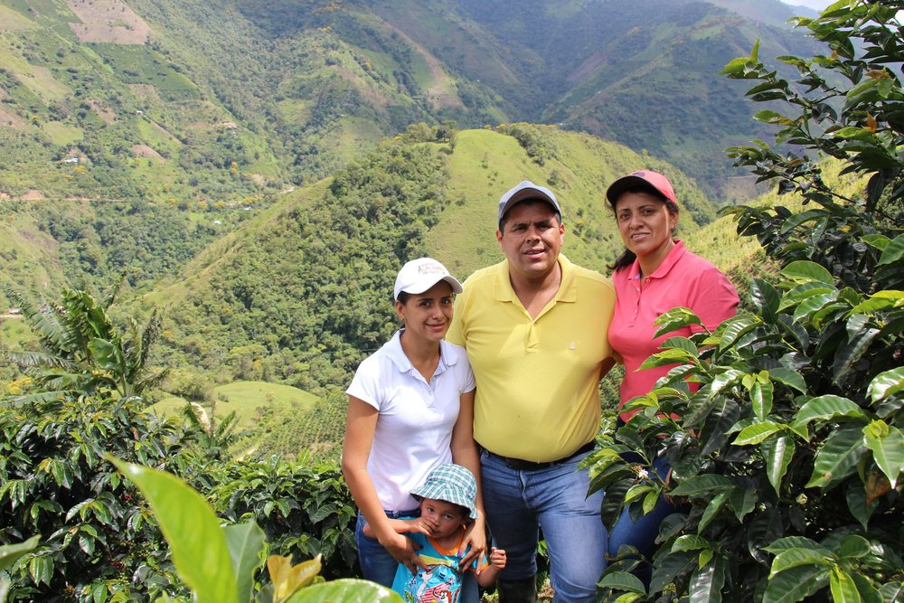 Astrid (in pink) with her family at Finca Buenavista