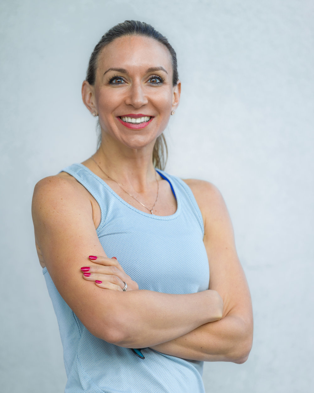 Registered Dietitian, Paula, Owner of OLNA Nutrition and Lead Nutritionist dedicated to serving Team Sugar Runs athletes.