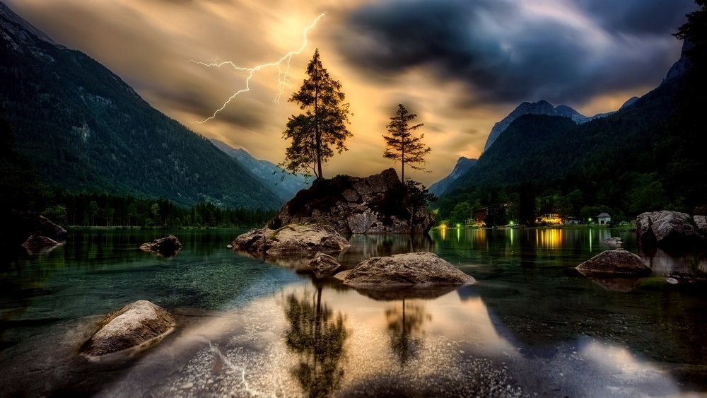 Nature&Lightening.jpeg