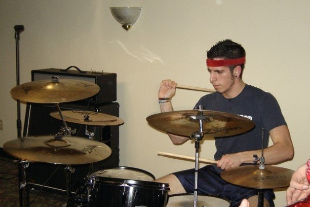 Eric from 2007 came here to tell you that basketball shorts and a headband are signs of a serious hardcore drummer. Eric from 2018 wants to let you know that he still has a double kick pedal, but he won't be using it at our big headlining show on Friday, December 28th. Grab tickets in our bio!  #fusionshows #tbt #doublekick #chinacymbal