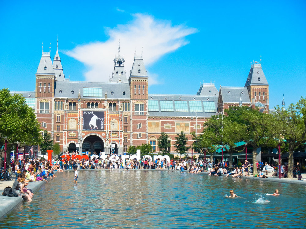 I wasn't planning on visiting Amsterdam but after spotting a $250 flight deal I had to book it!