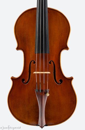 Adriano, violin, Itzel Avila, 2013