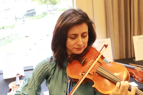 Itzel Avila Violin Society of America