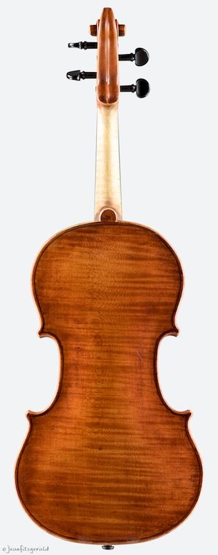 Leo, violin by Itzel Avila, 2014