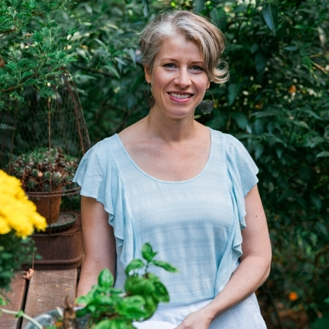 Lael Petersen, LCSW, YHC   Lael is a therapist and coach with over 20 years experience helping people thrive. She will help you know yourself on a deeper level, learn skills to shift undesirable habits, and cultivate true joy.