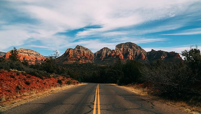 Would love to go back here quad biking on the roads of Sedona into the desert. Such a beautiful and peaceful place. . . . #sedona #arizona #canon #afga #travelling #travelphotography #travelamerica #instatravel #visitarizona