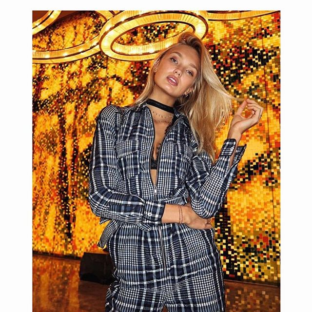 #vsfs2017 #SHANGHAI countdown .. #RomeeStrijd in her @ganni jumpsuit looking major as usual 💋 @lili_claspe ✨
