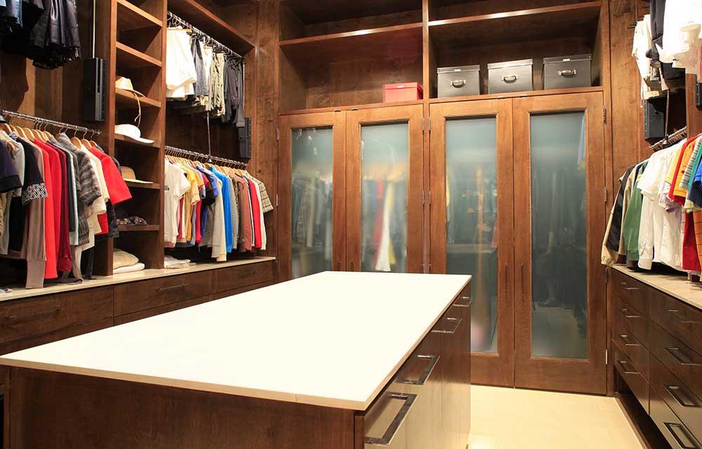 08-Closet-B.jpg