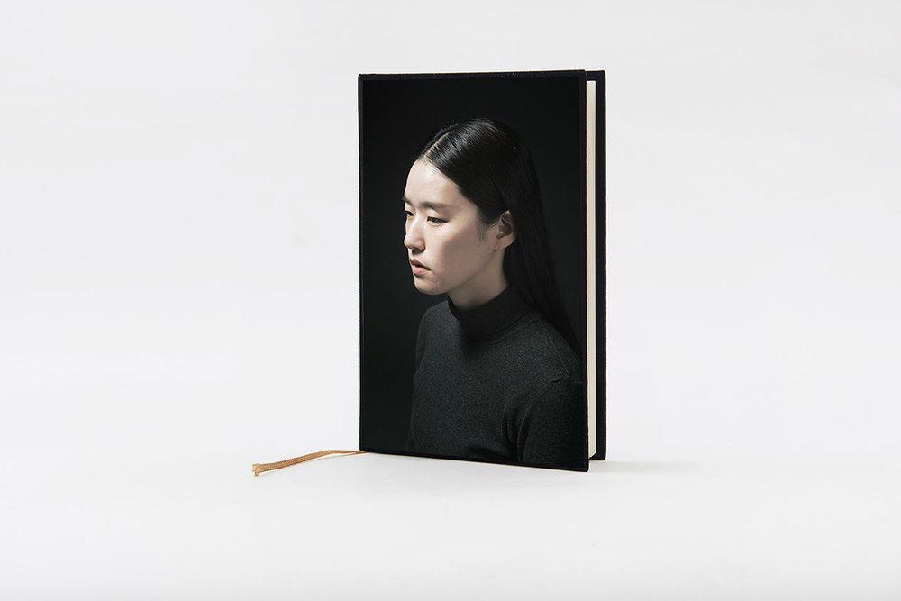 01-이랑-신의-놀이_retouch-1280-sRGB.jpg