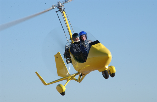 gyrocopter autogiro yellow
