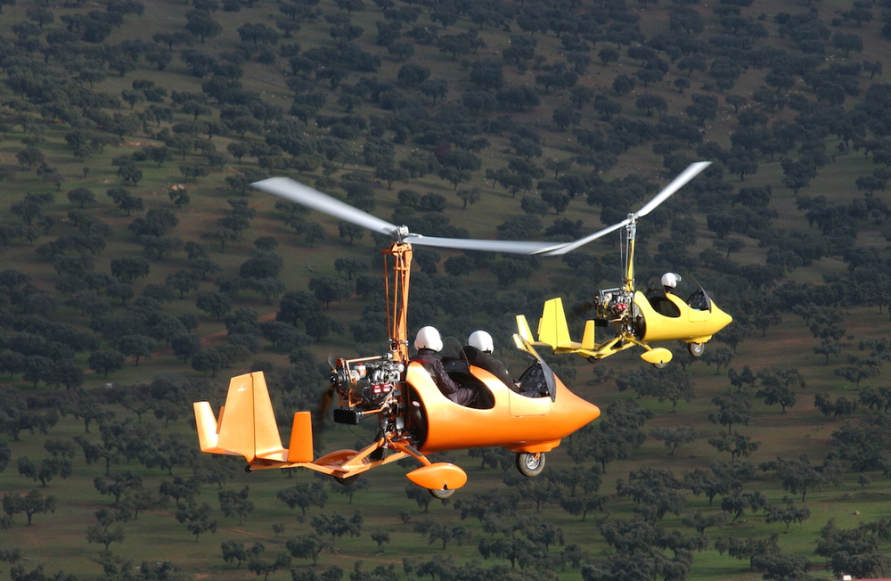 gyroplane gyrocopter rotaplane yellow orange