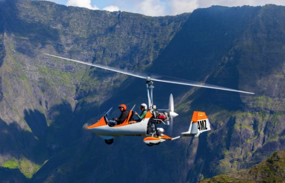 gyrocopter autogiro white orange trip