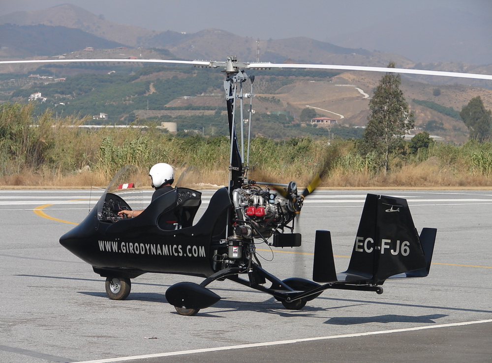 gyrocopter girodynamics preparing takeoff