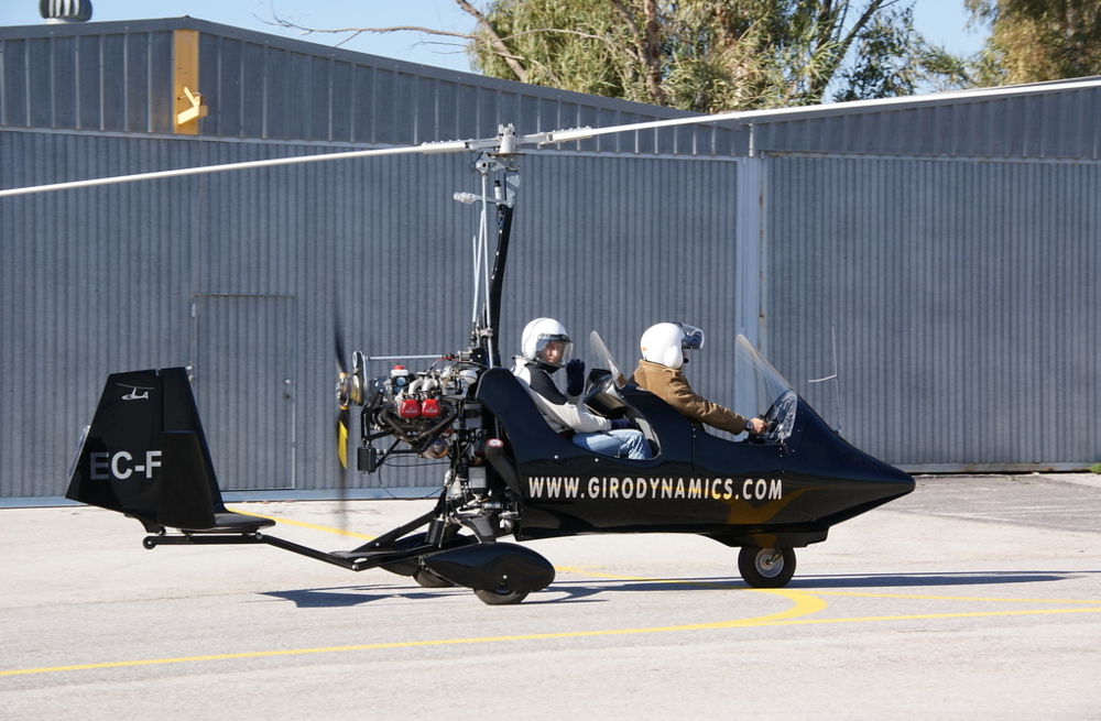 gyrocopter girodynamics takeoff two pilots