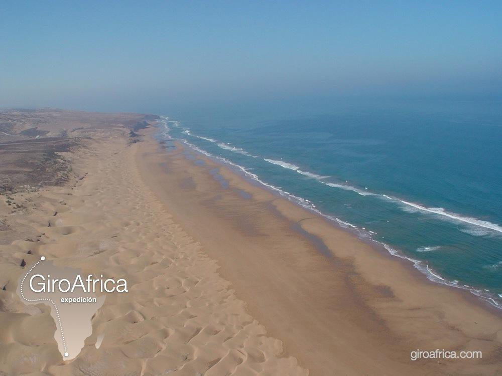 giroafrica wallpaper coast low-flying