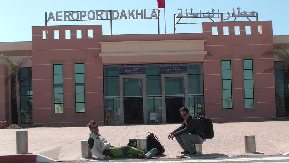 giroafrica girodynamics tarifa-kite-obsession ela-aviacion airport resting