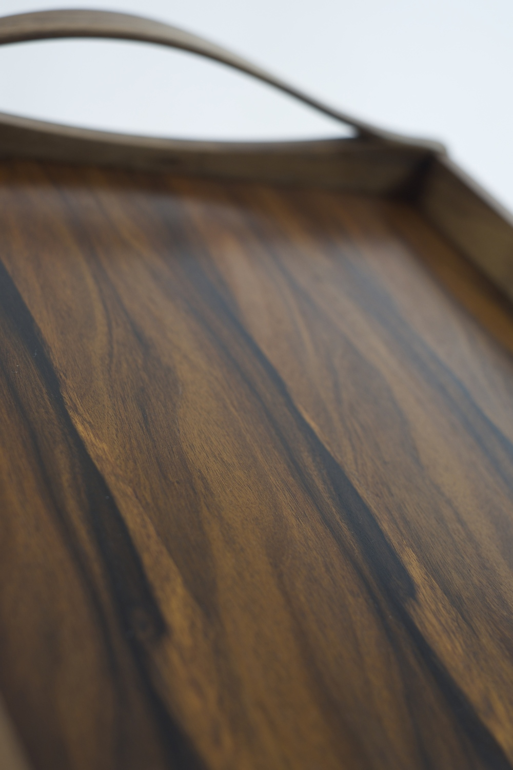 Bond's Whiskey Tray - Detailed shot of book-matched veneers