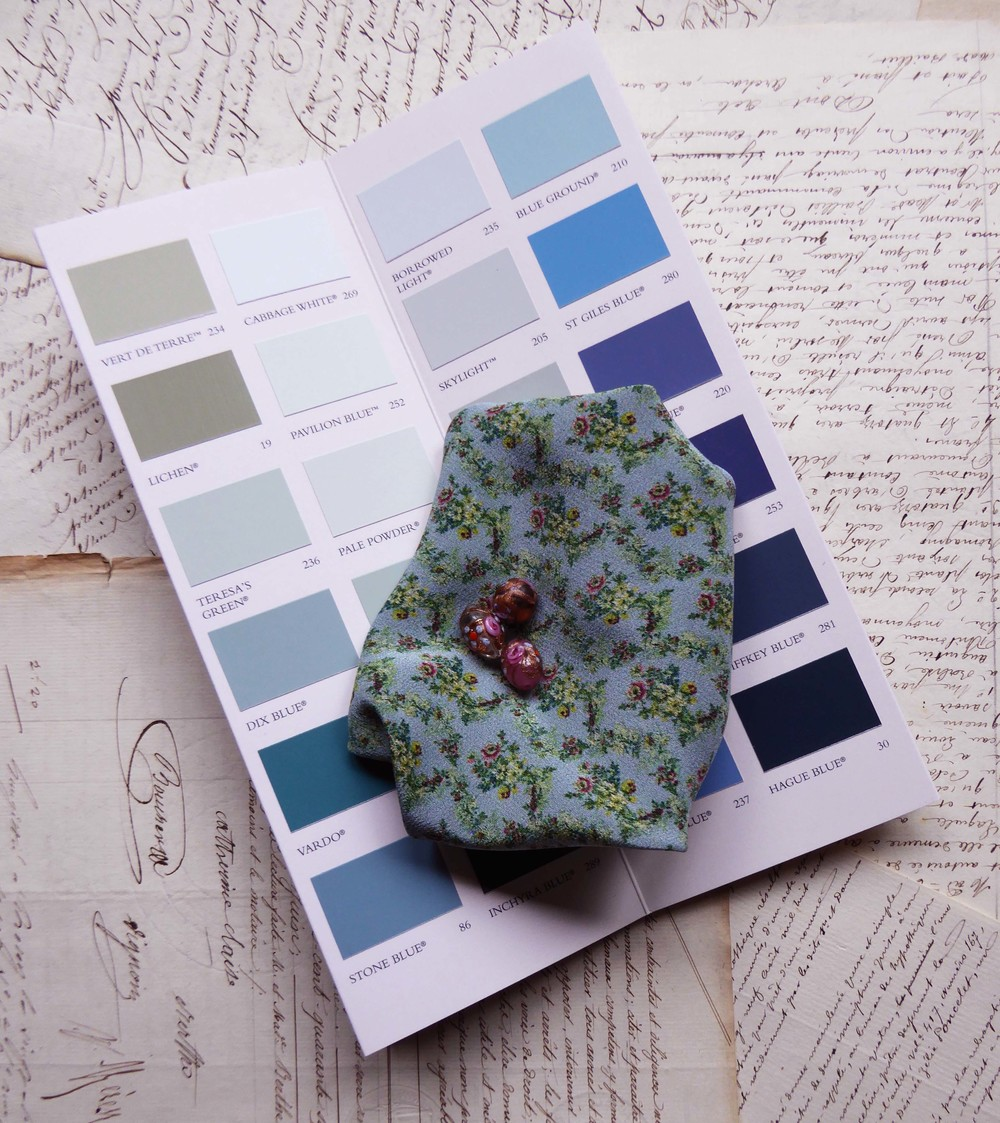 We may be able to 'colour match' to your particular requirements either using one of our 'in house' colours or by matching to a colour sample you supply (such as a paint card shown above or your own fabric swatch).