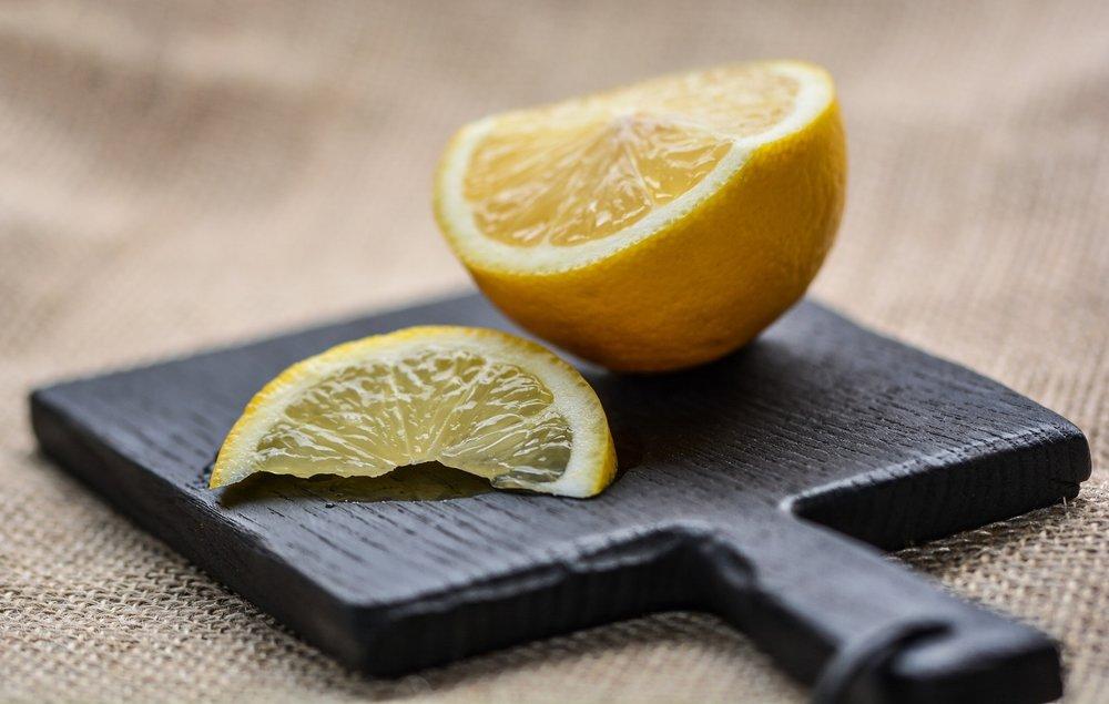 lemon-2673791_1920.jpg