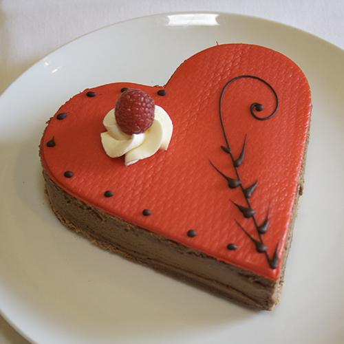 valentine cake.jpg