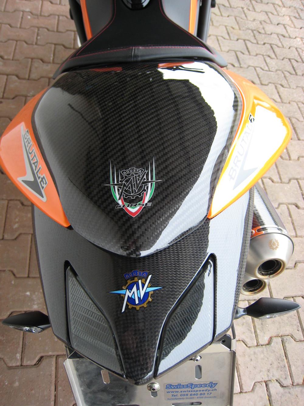 carriot carbon mv Brutale 910.JPG
