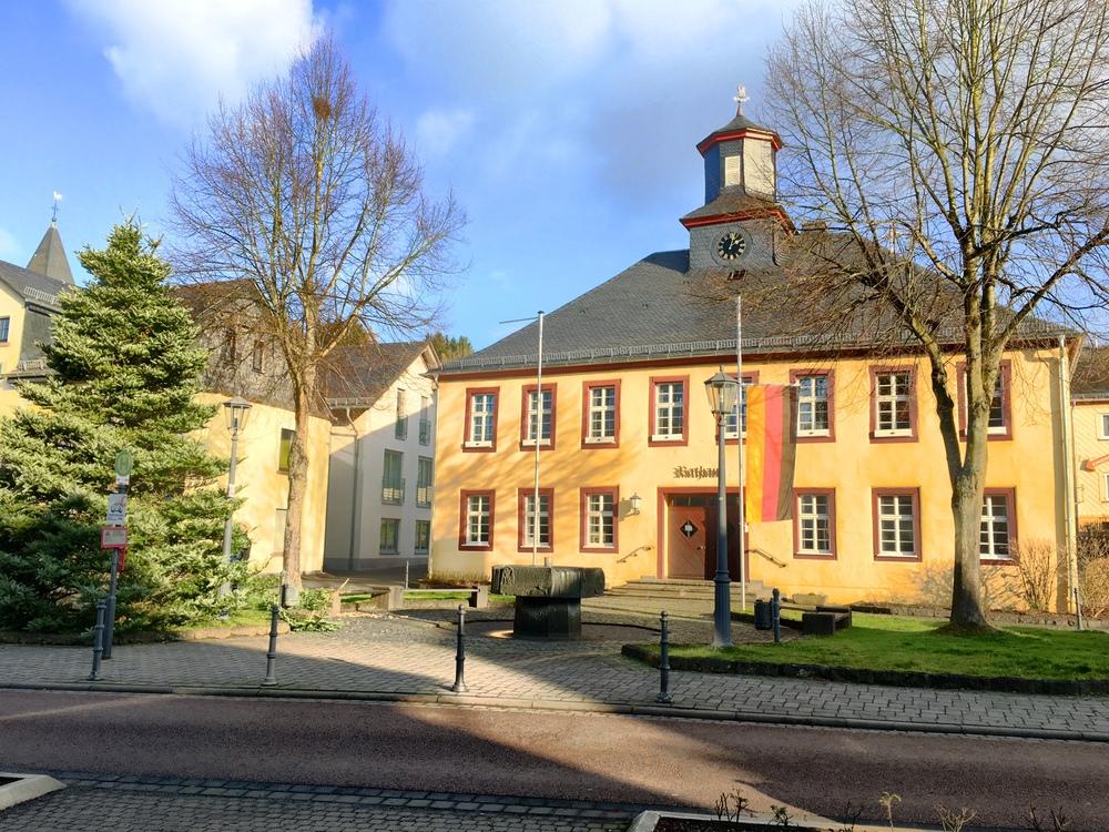 Rathaus Niederelbert