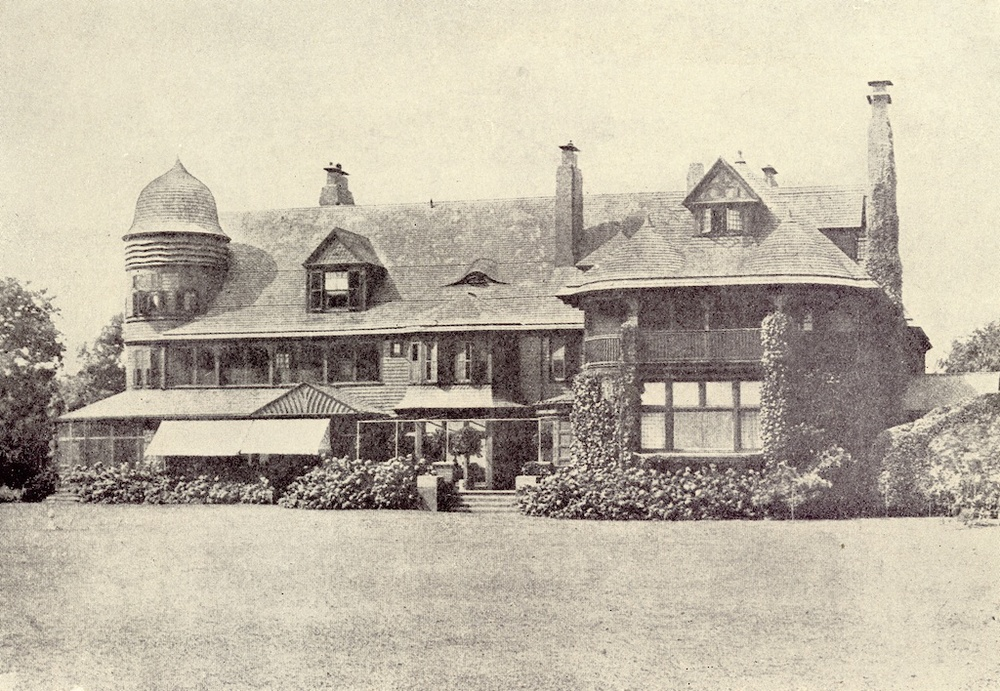 Davies-Breese house at Timber Point, Great River, circa 1920