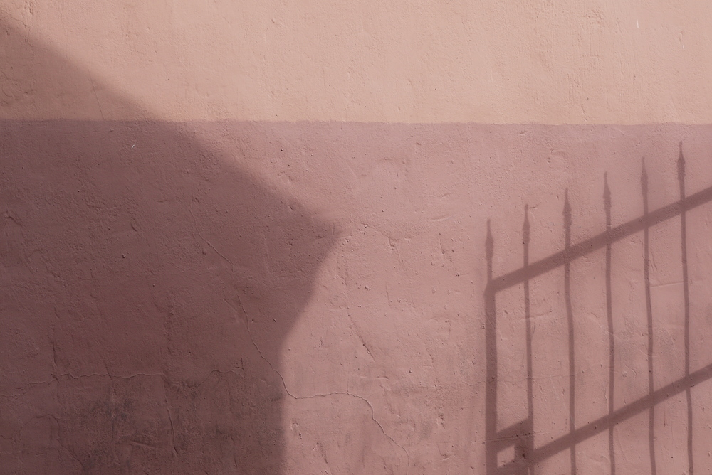 La Villita Shadows
