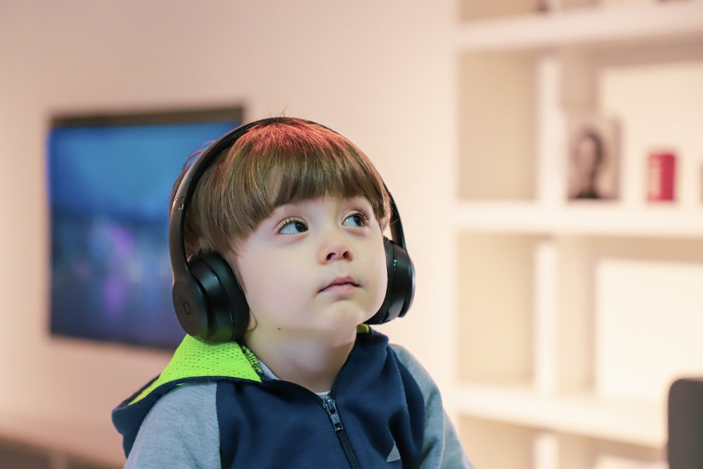 SPECIAL-CHILD-WEARING-HEADPHONES.JPG