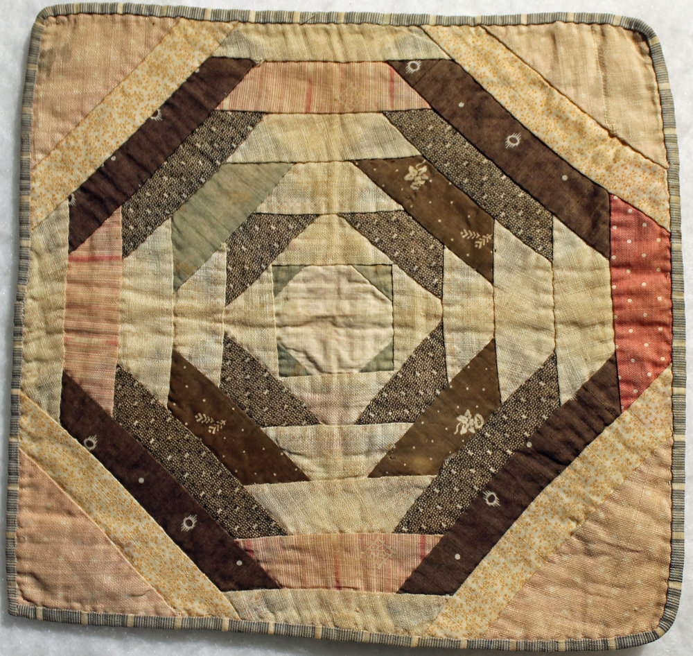 Pineapple Log Cabin Block, hand pieced, hand quilted
