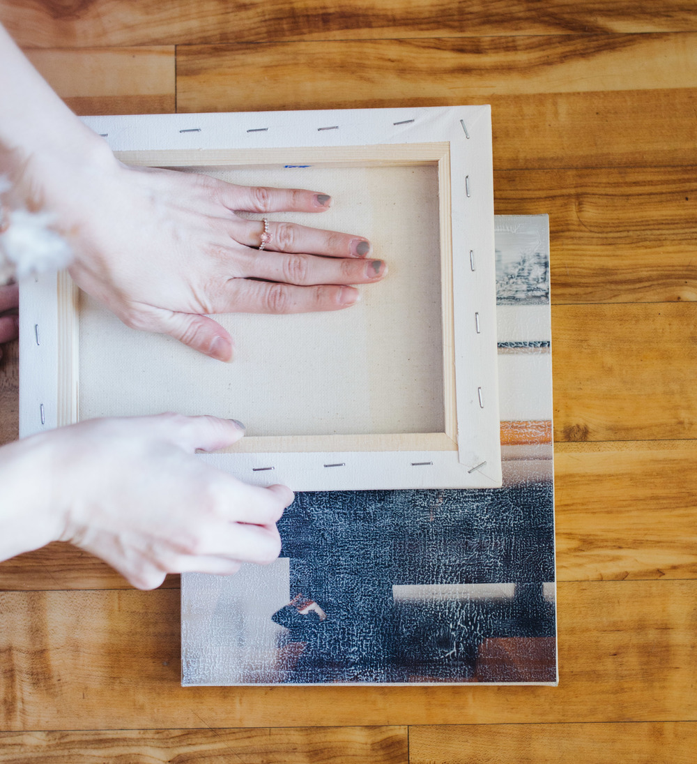 DIY canvas filling in texture