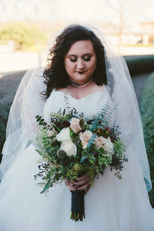 Plus Size Bride – Episode 1: Finding A Wedding Dress — Sara Touchet ...