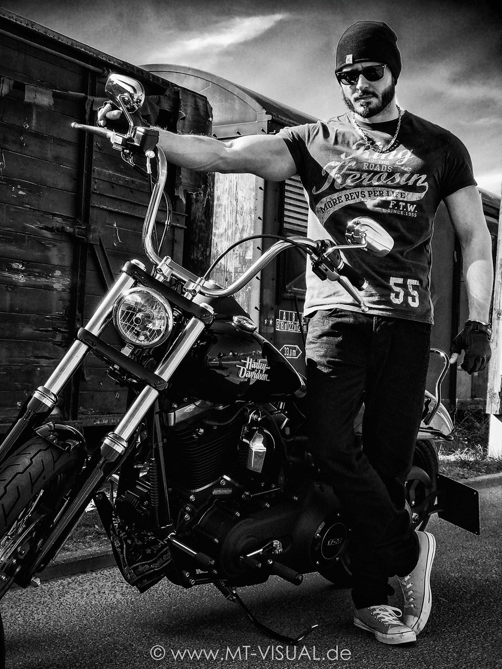 Michael & Harley BN (Logo_Klein)-16.jpg