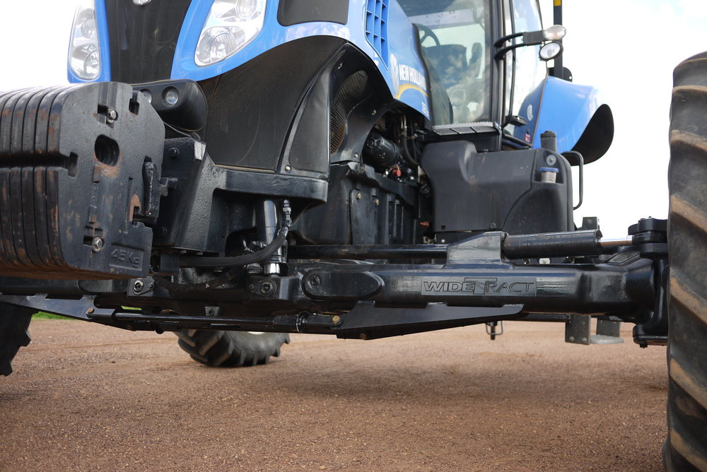 New Holland T8 Axle Extended to 4 metres