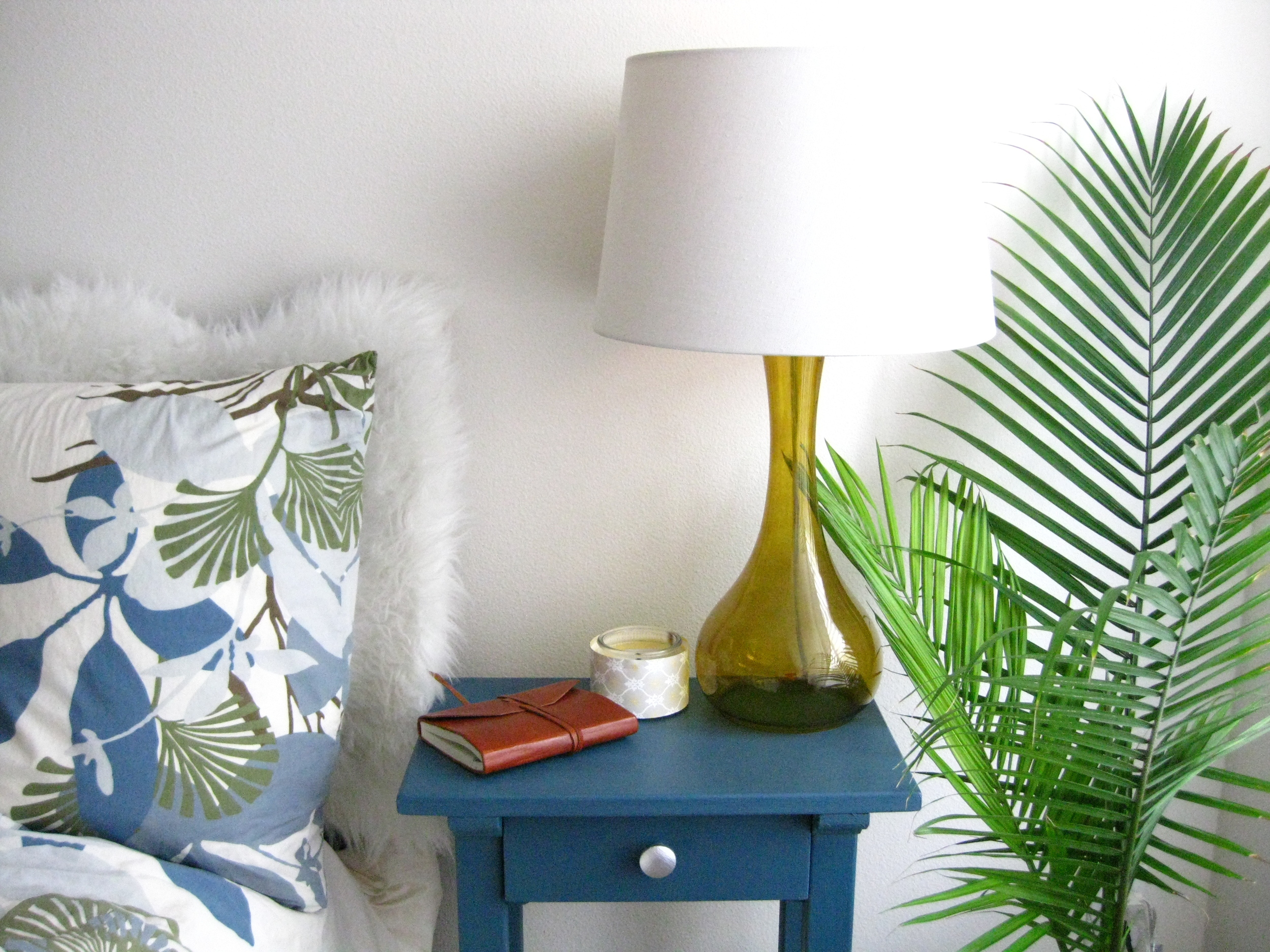 Nightstand makeover 015