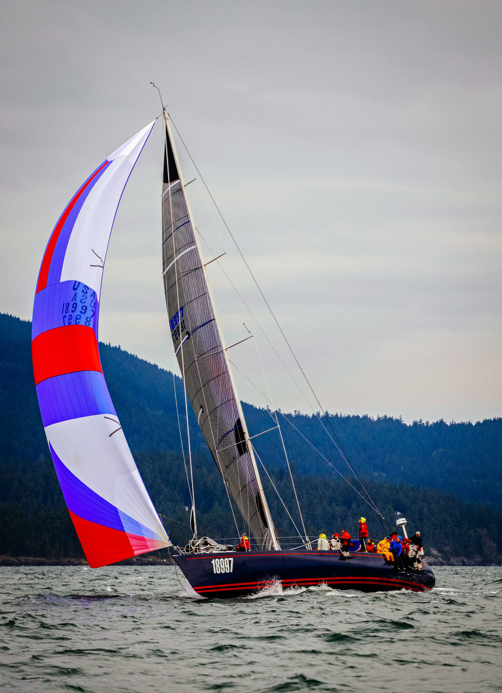 The Santa Cruz 70 WESTERLY sailing with her A4.