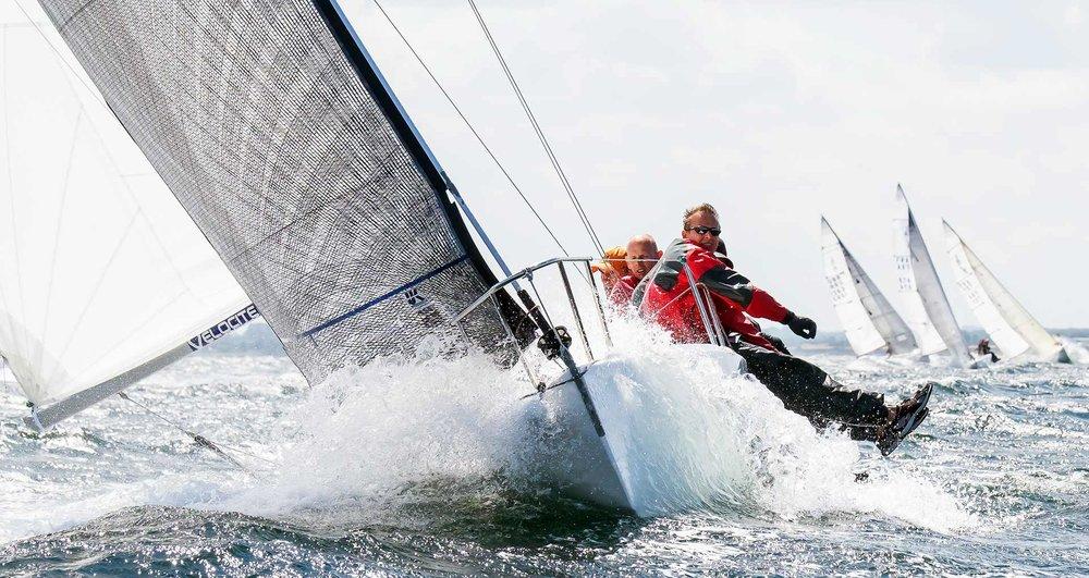 yacht-racing-J80.jpg