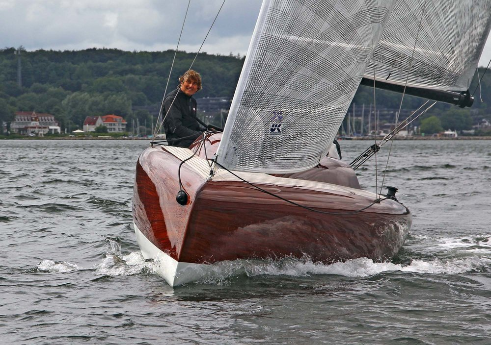 Schöne Segel, schönes Boot. Dirk Manno segelt mit X-Drive Segeln.