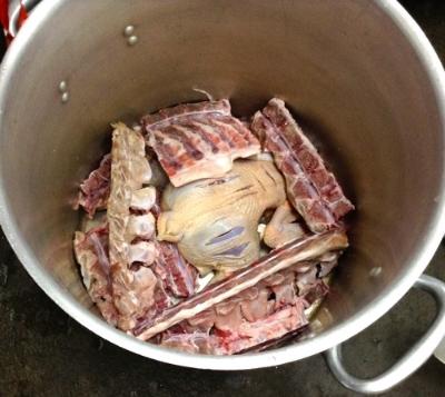 It all begins here: a pot full of chicken and pork backbones. Ramen school, October 2014.