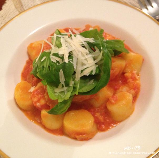 Quick Tomato Sauce - Amie Mason copyright 2013