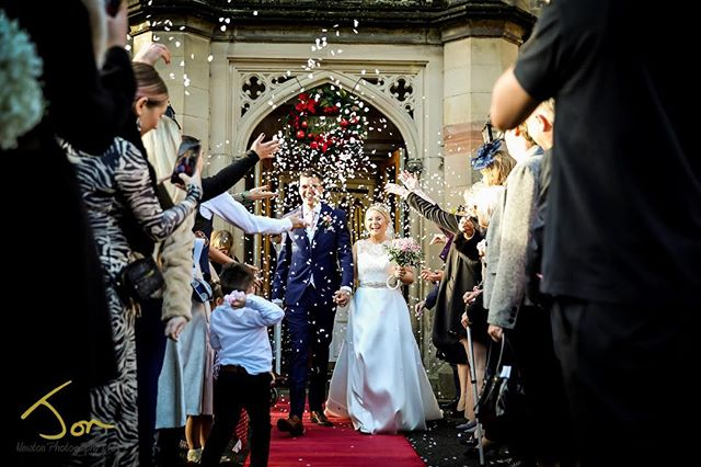 Loving confetti with Hollie and James. #derbyshireweddingphotographer #documentaryweddingphotography #documentarywedding #breadsallpriory #marriothotel #winterwedding
